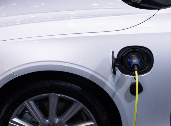 elektryczny samochod
